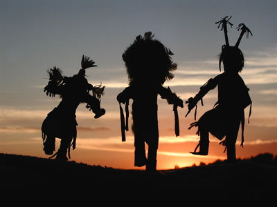 attraction-native-american-dancers