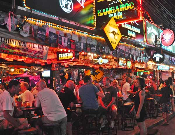 phuket-bangla-road-nightlife-patong