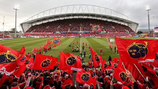 Heineken Cup 8/12/2013 Munster vs Perpignan The Munster team take to the field Mandatory Credit ©INPHO/James Crombie