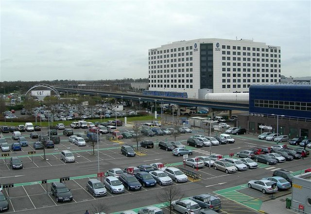 Car_Parking_At_Gatwick_Airport_-_geograph.org.uk_-_775987