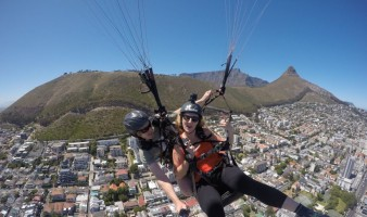 paragliding-signal-hill