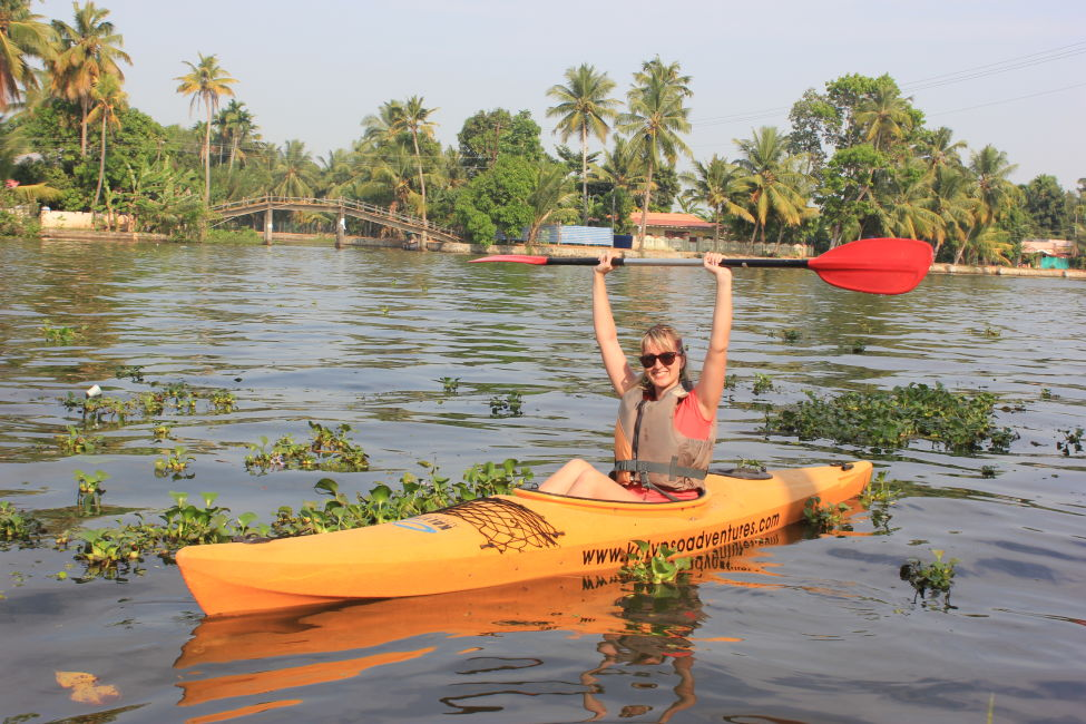 kayaking-in-kerala-backwaters