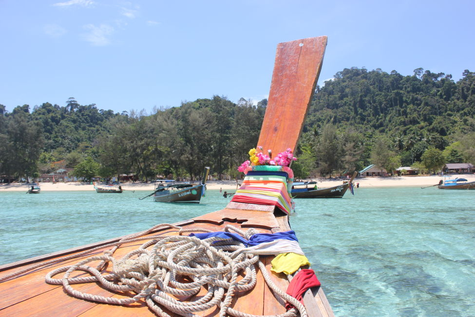 longtail-boat-thailand