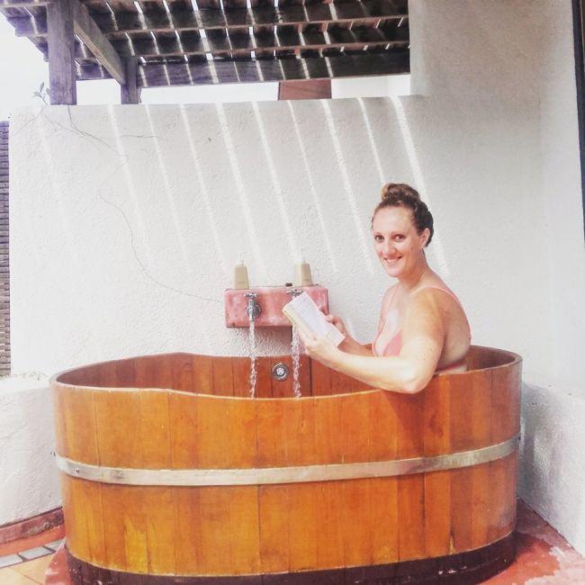 alisea-bath
