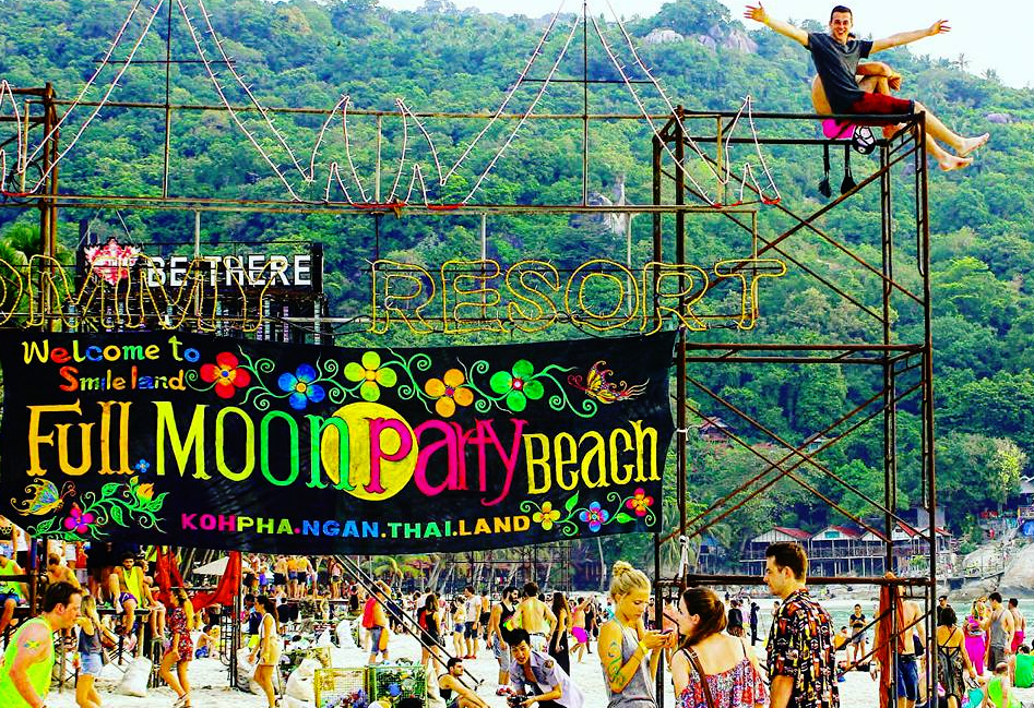 Top Party Hostels On Koh Phangan Full Moon Madness