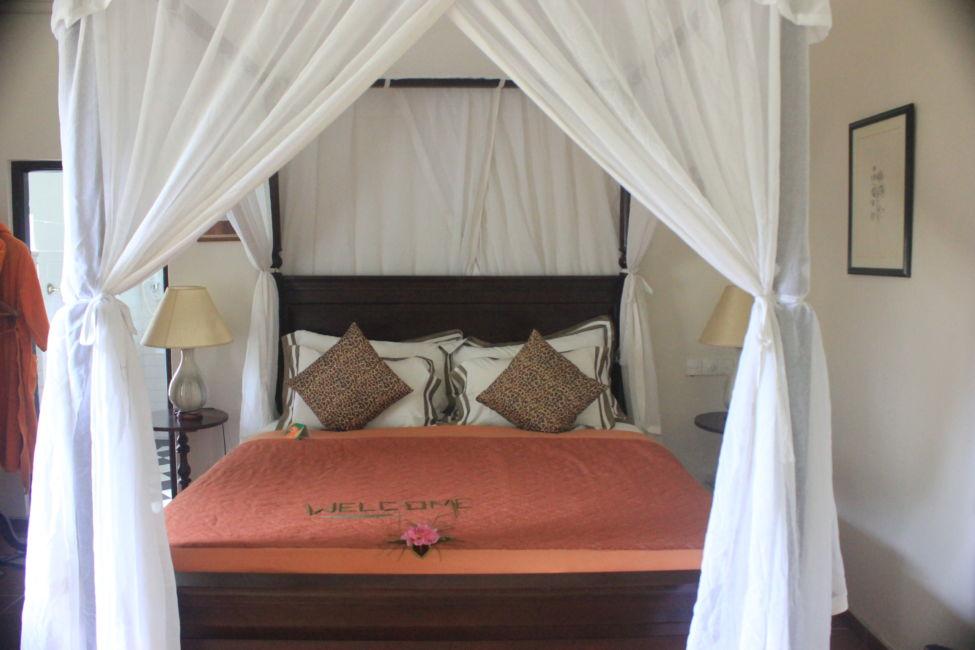 bed in craig appen bungalow