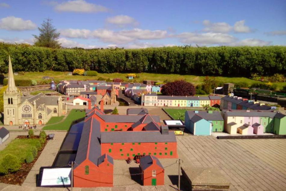 things to do in cork - model railway