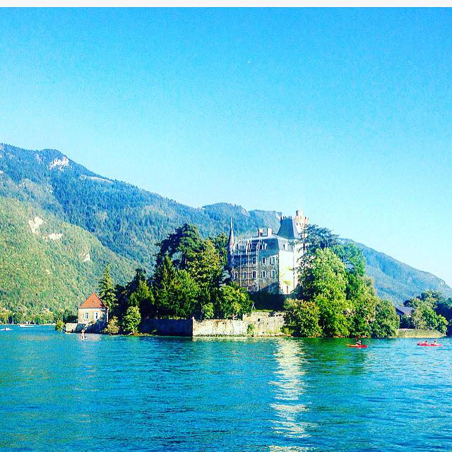 castle-annecy
