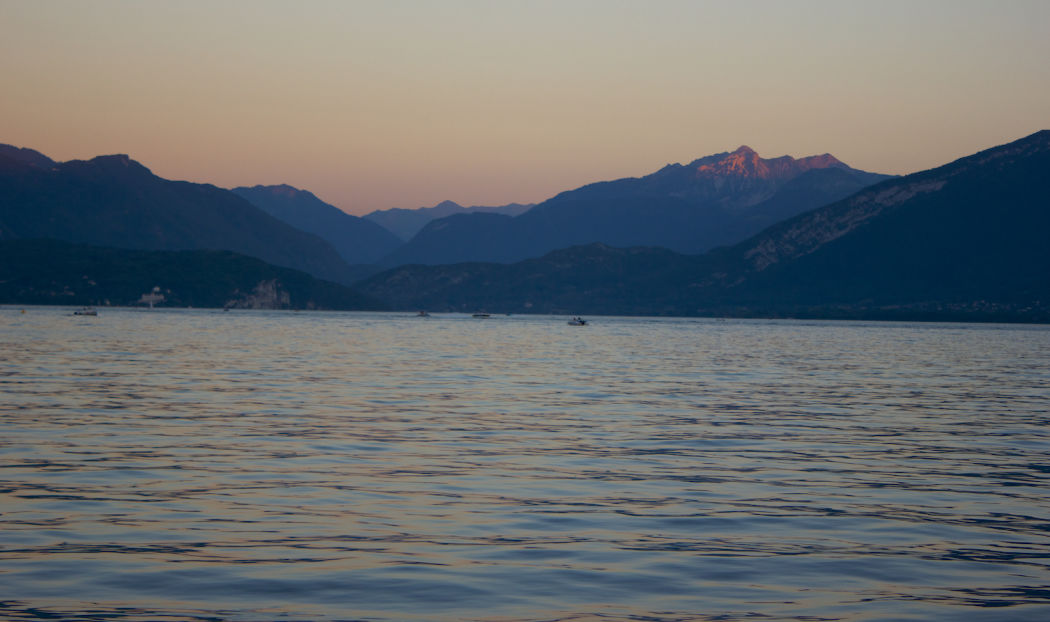 sunset-annecy