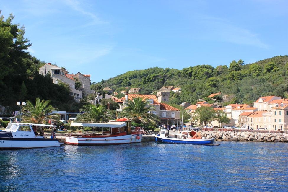elaphiti islands from Dubrovnik