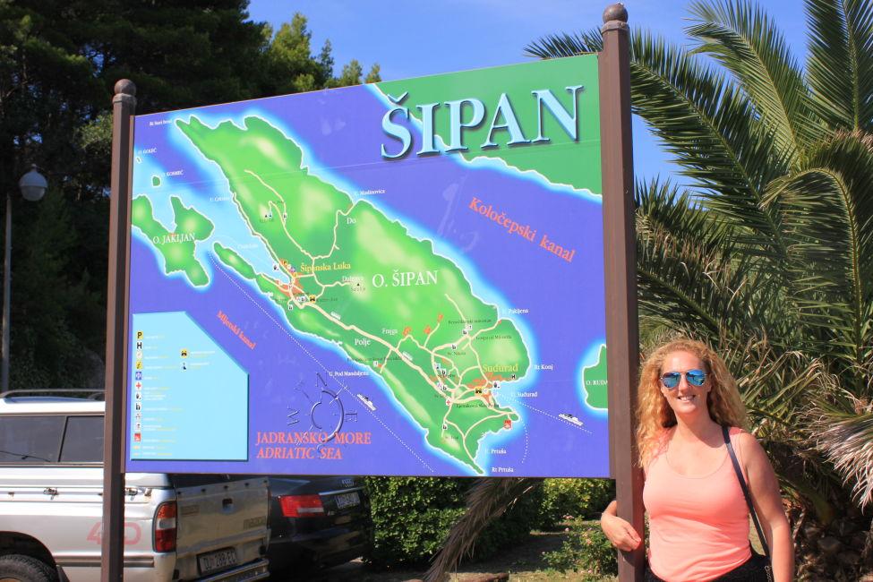 Map of Sipan Island