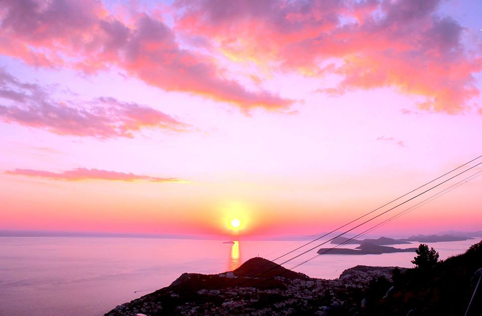dubrovnik-sunet-cable-car