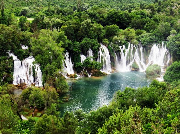 kravice-waterfall