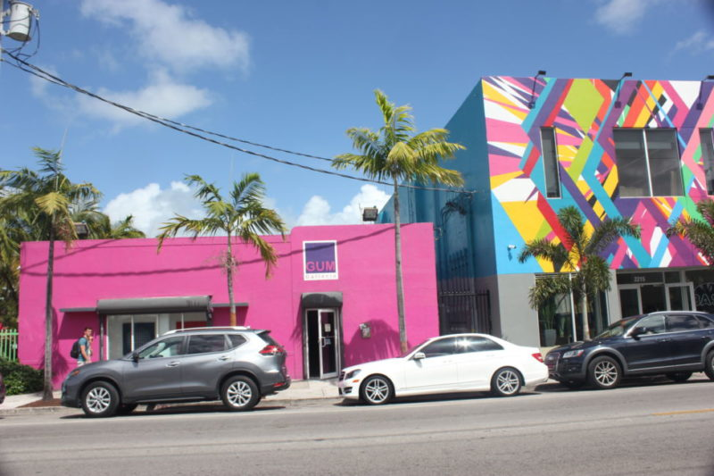 Miami street art / exploring wynwood walls art district