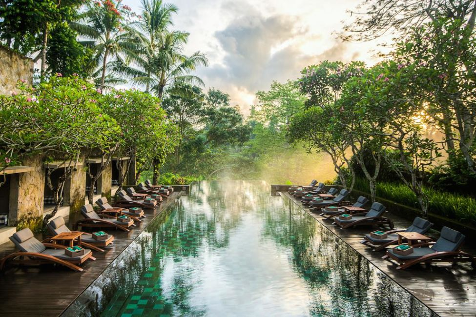Where to stay in bali for first timers best luxury for Best luxury hotels in ubud bali
