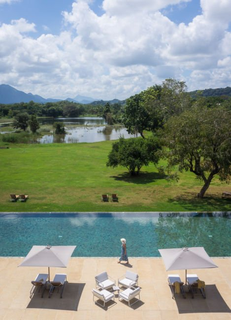 jetwing lake hotel pool