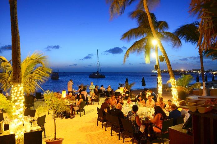 top restaurants in aruba