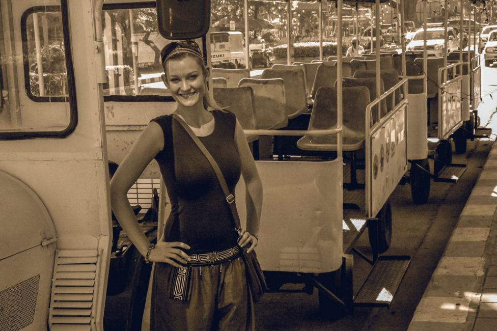 clothes for bangkok travel