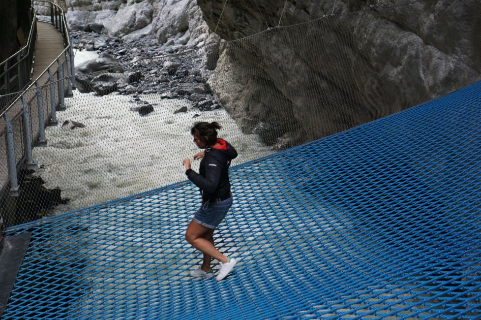 grindelwald glacier canyon net