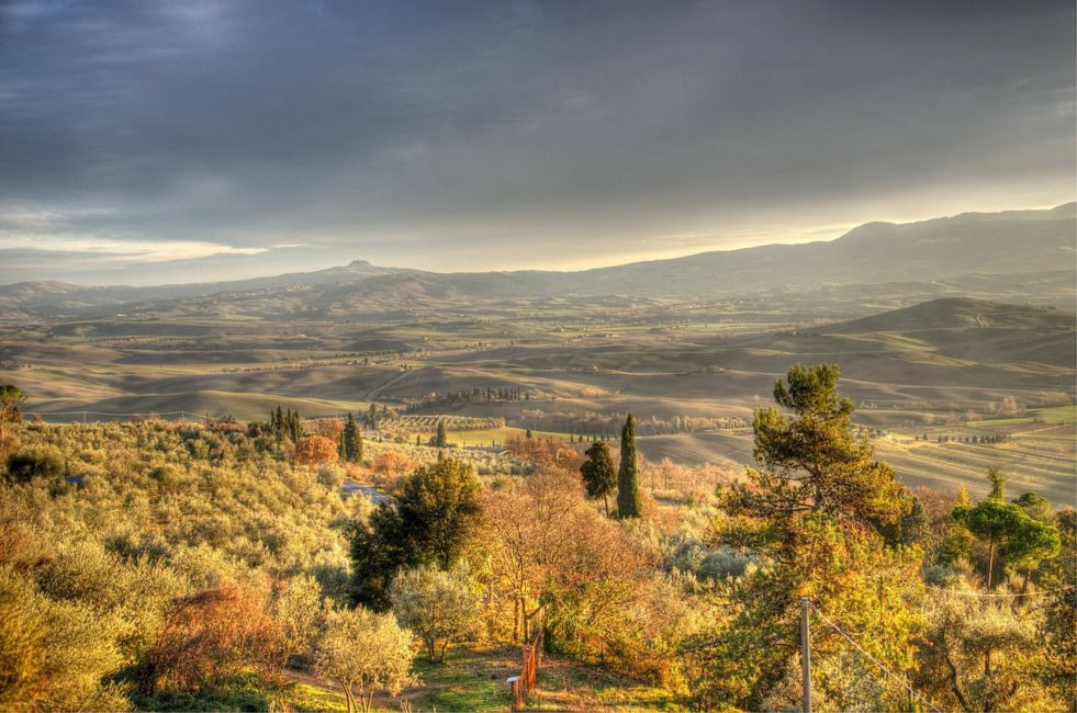 hill towns in tuscany italy
