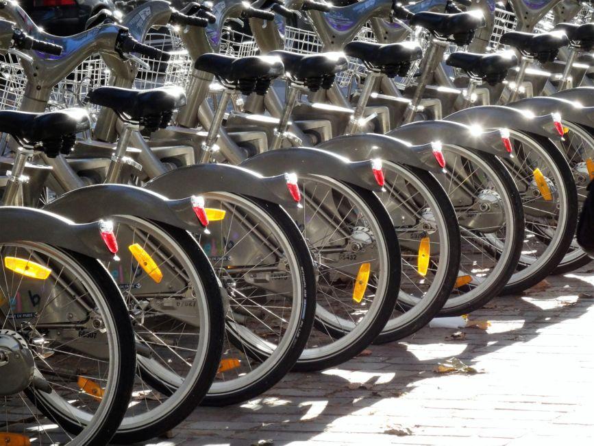 velib bike share paris