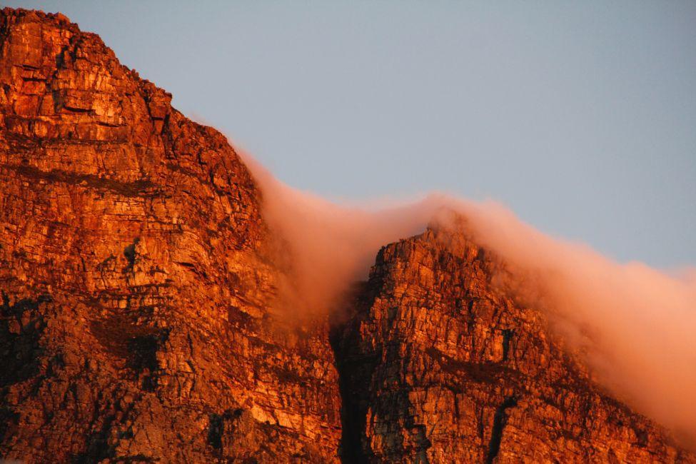 devils peak hike cape town