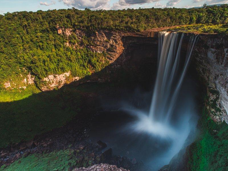 kaieteur waterfall guyana