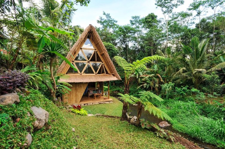 The Famous Airbnb Ubud Villa Treehouse With Hammock Bed