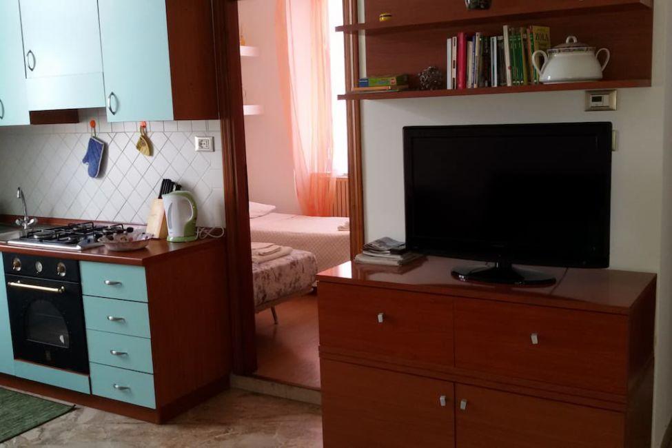 living-area-rimini-airbnb - Journalist On The Run