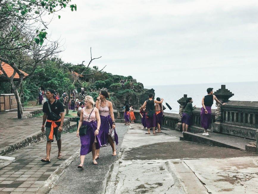 Uluwatu temple clothes
