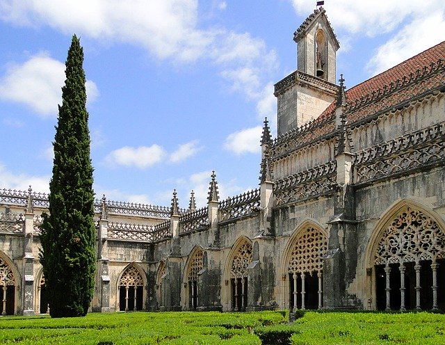 attractions in Lisbon monastery