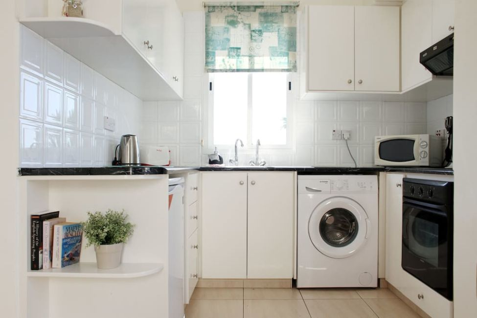 airbnb paphos kitchen