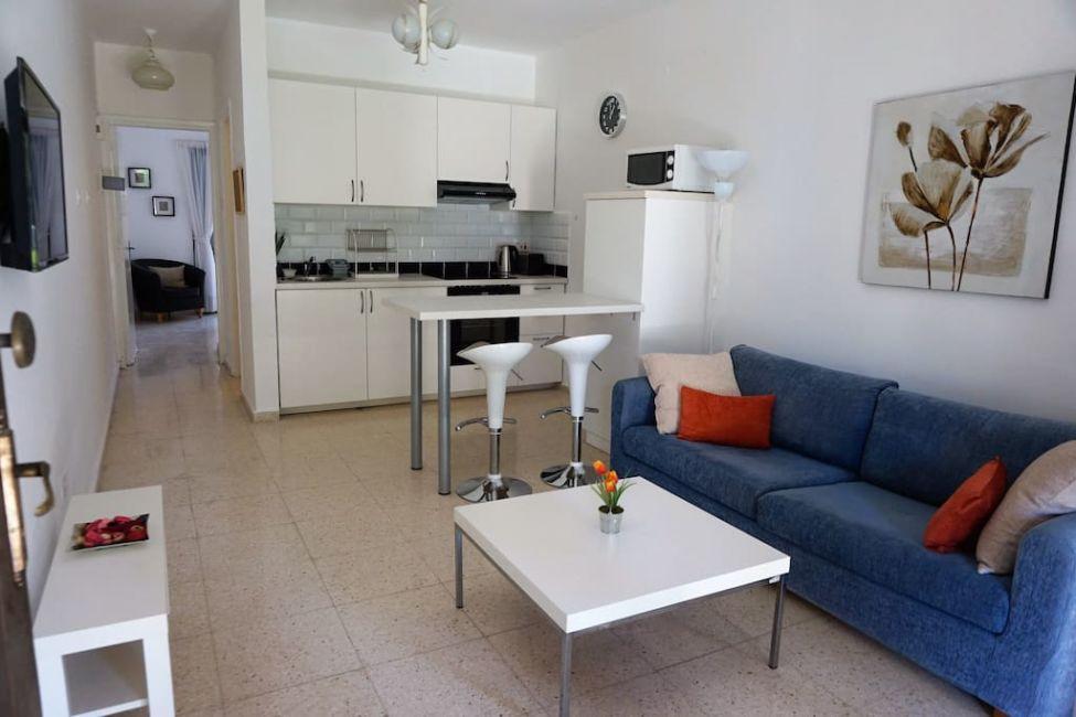 airbnb kitchen paphos