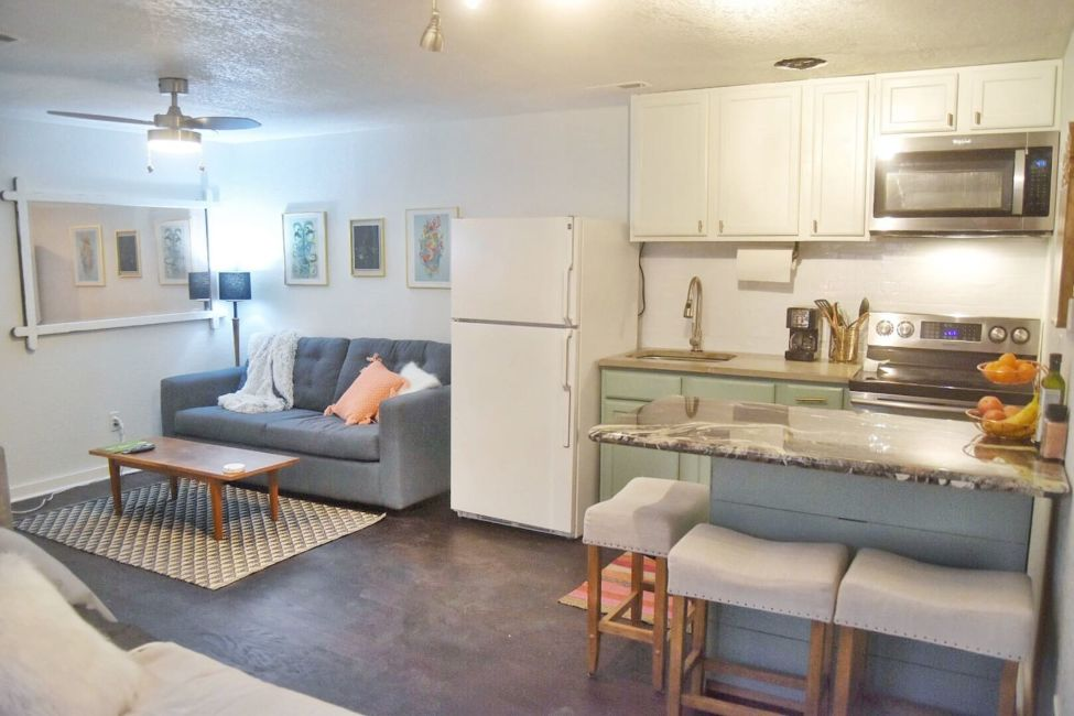 living-area-airbnb-denver - Journalist On The Run