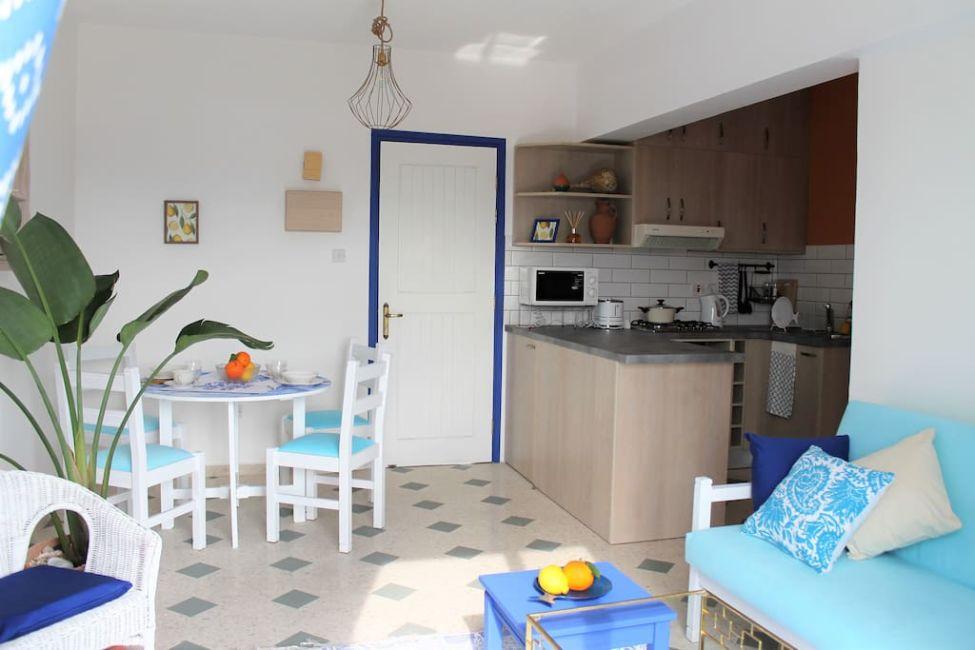 kitchen airbnb paphos