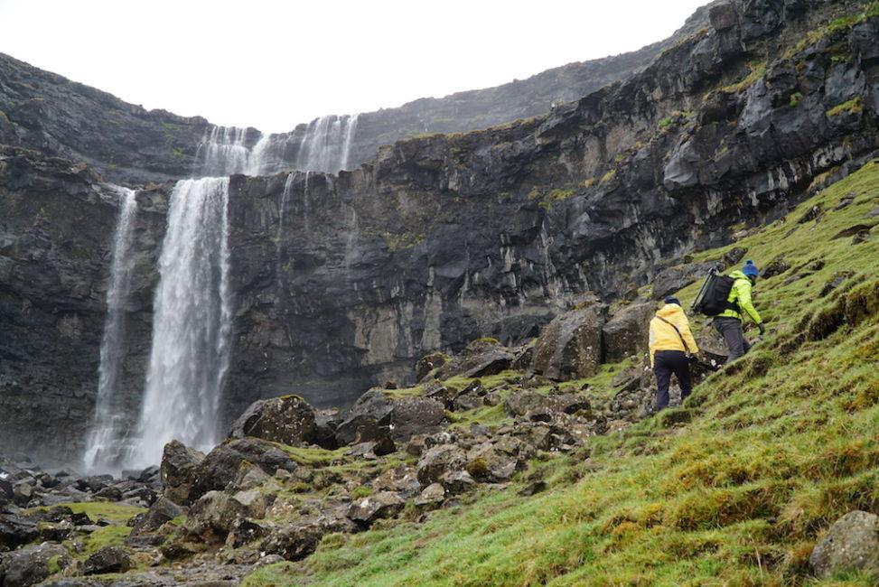 hiking up fossa waterfall