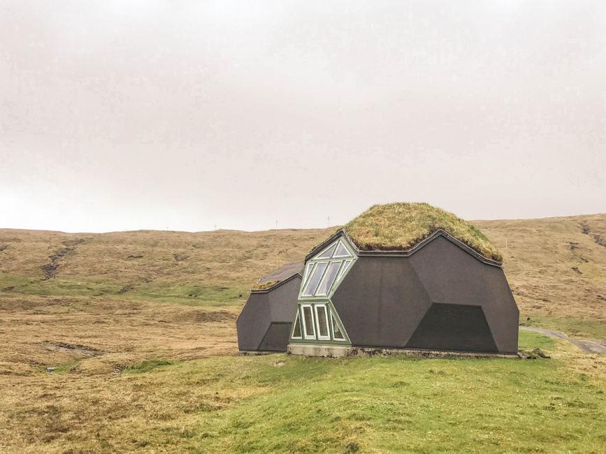 alien pods airbnb
