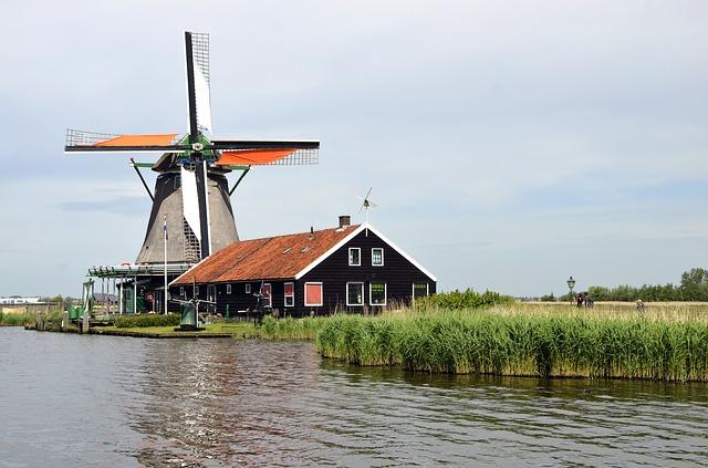 windmills near amsterdam