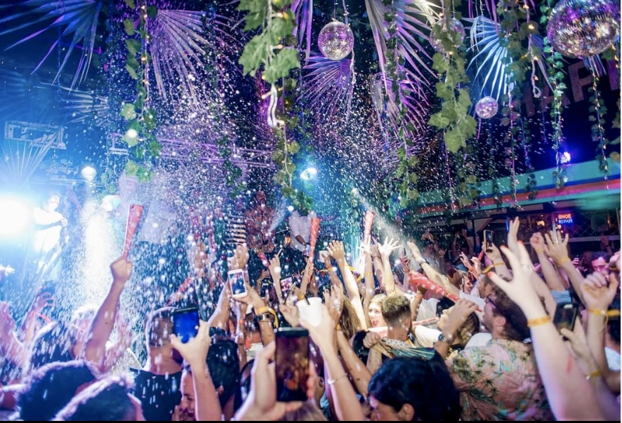 BALI NIGHTLIFE FOR SOLO TRAVELLERS