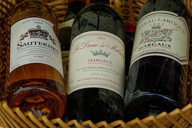 wine tasting bordeaux
